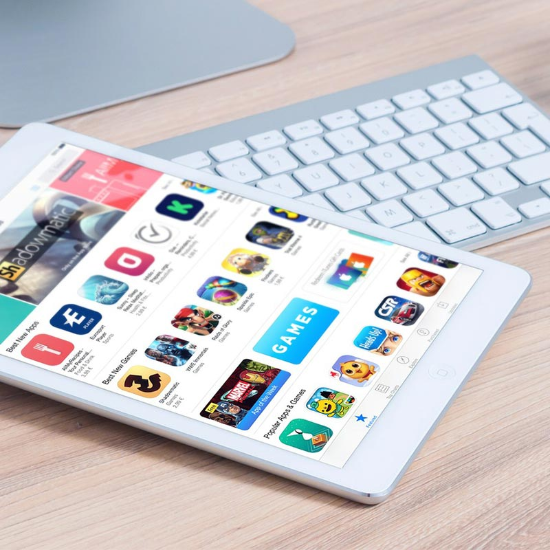 iPad and iPhone app store downloads