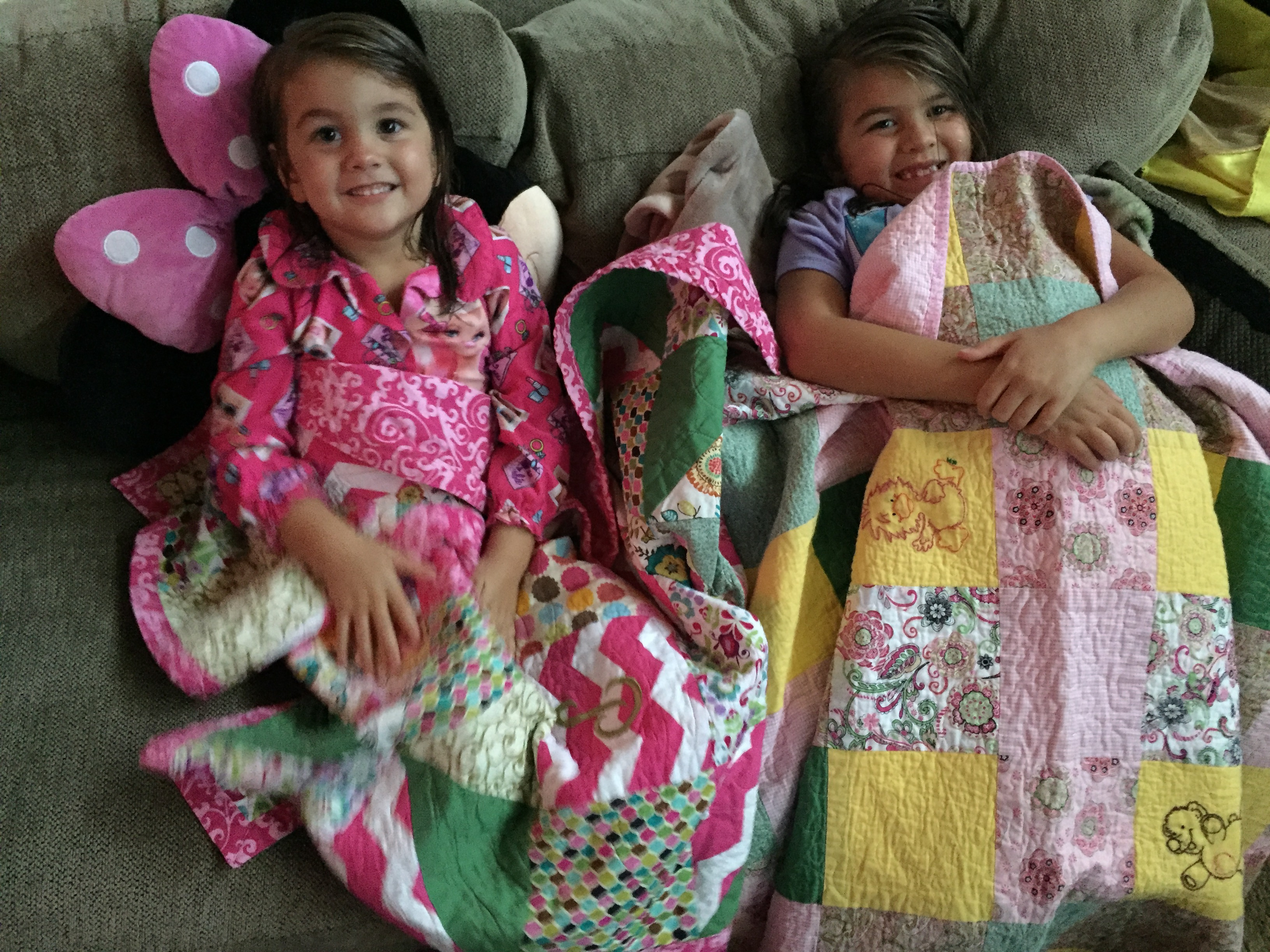 Kids_on_Quilts.jpg
