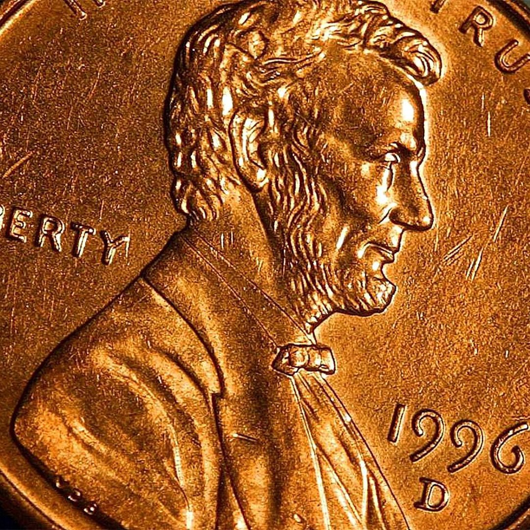 Penny_cents_copper_Lincoln_coin_macro_copy.jpg