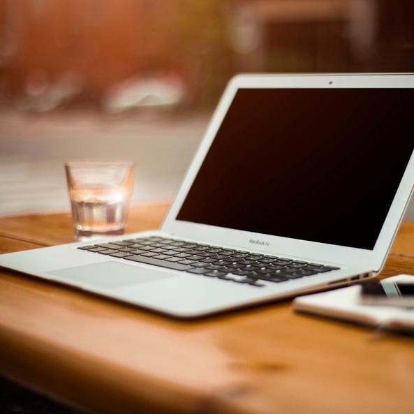 apple-laptop-notebook-notes-large.jpg