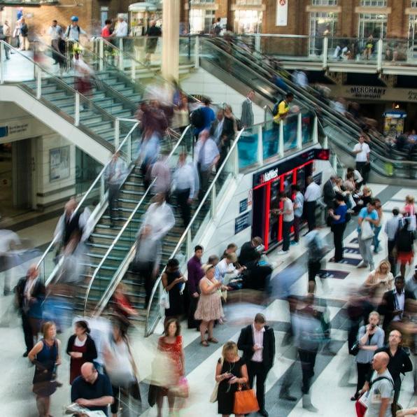 city-people-walking-blur-large.jpg