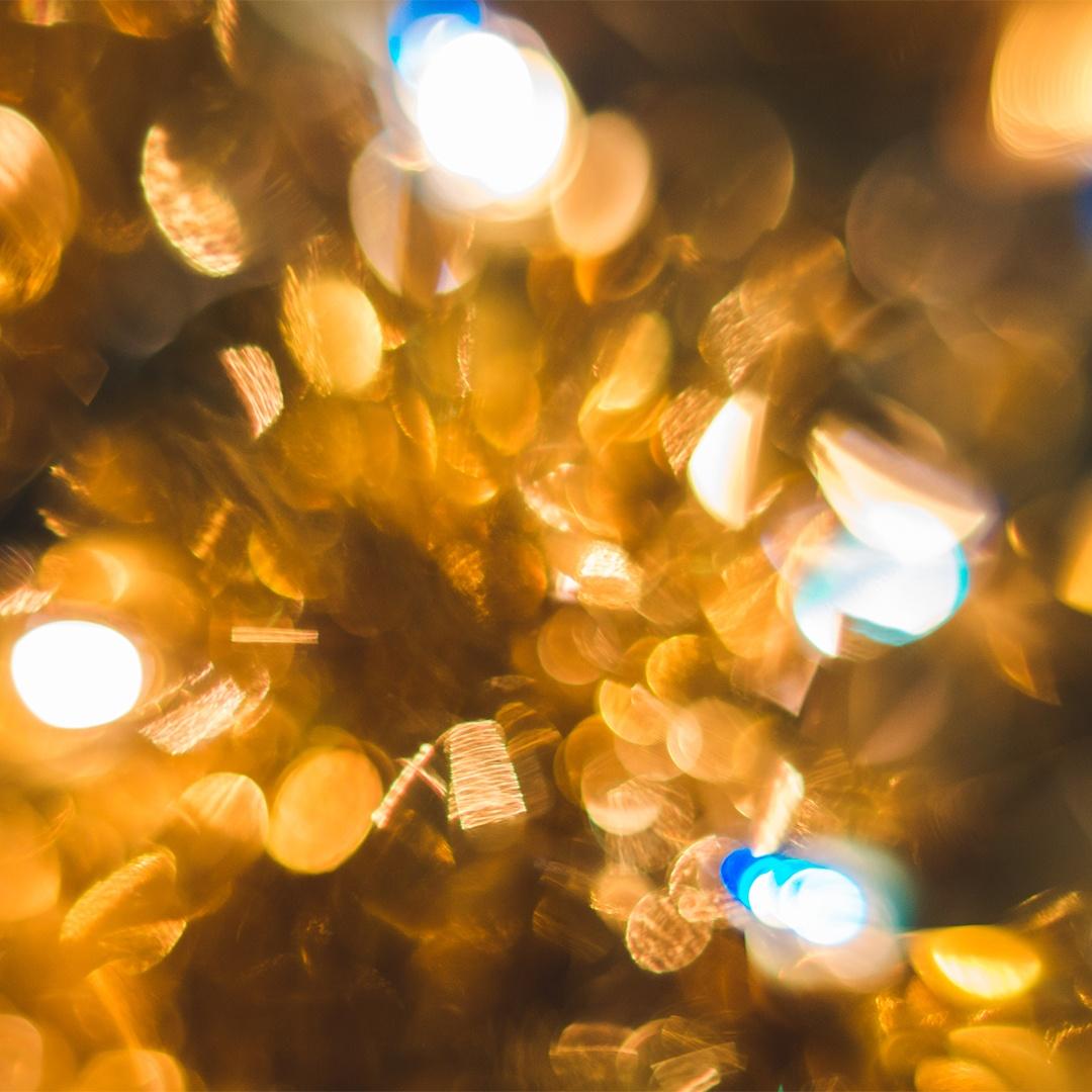 kaboompics.com_Gold_Bokeh_copy.jpg
