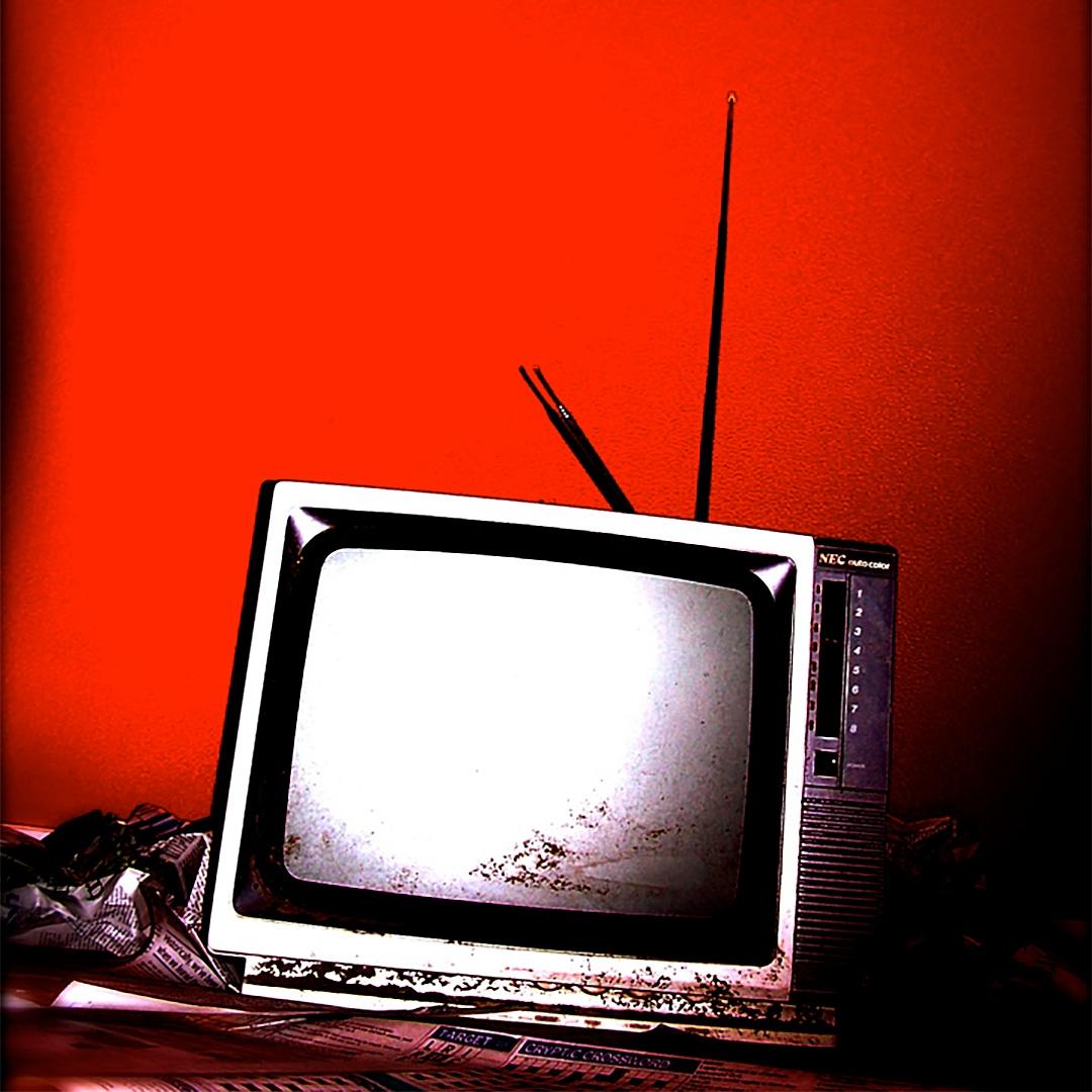 retro-tv-1161476_copy.jpg