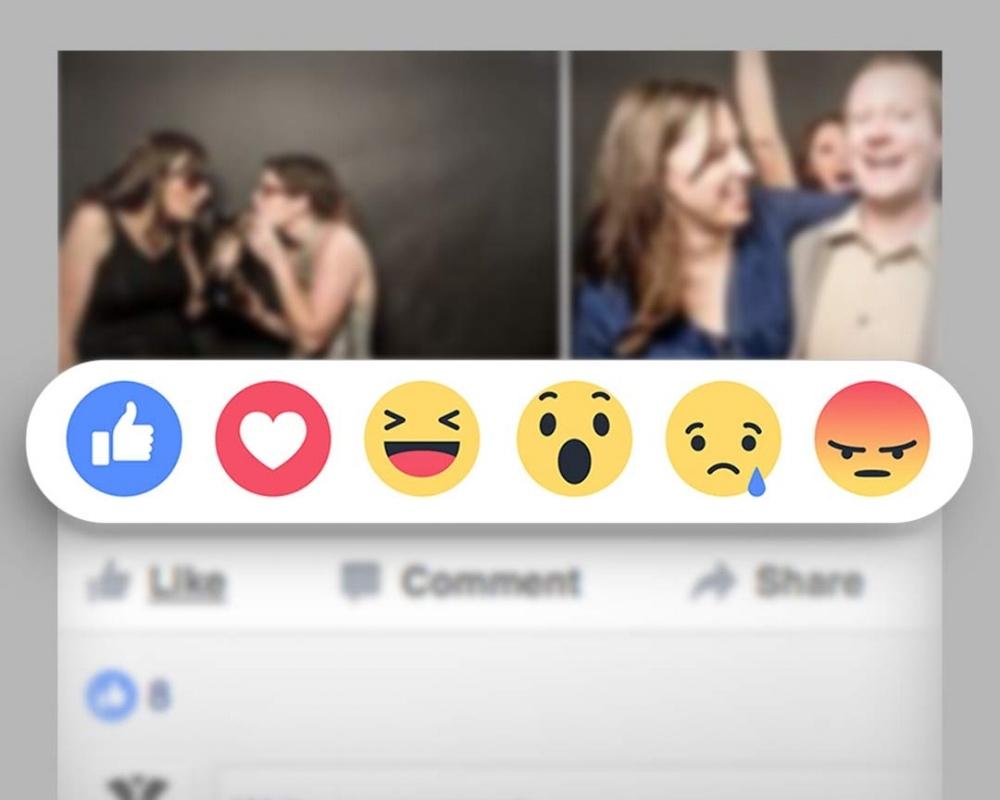 Facebook_Emoticons-480002-edited.jpg