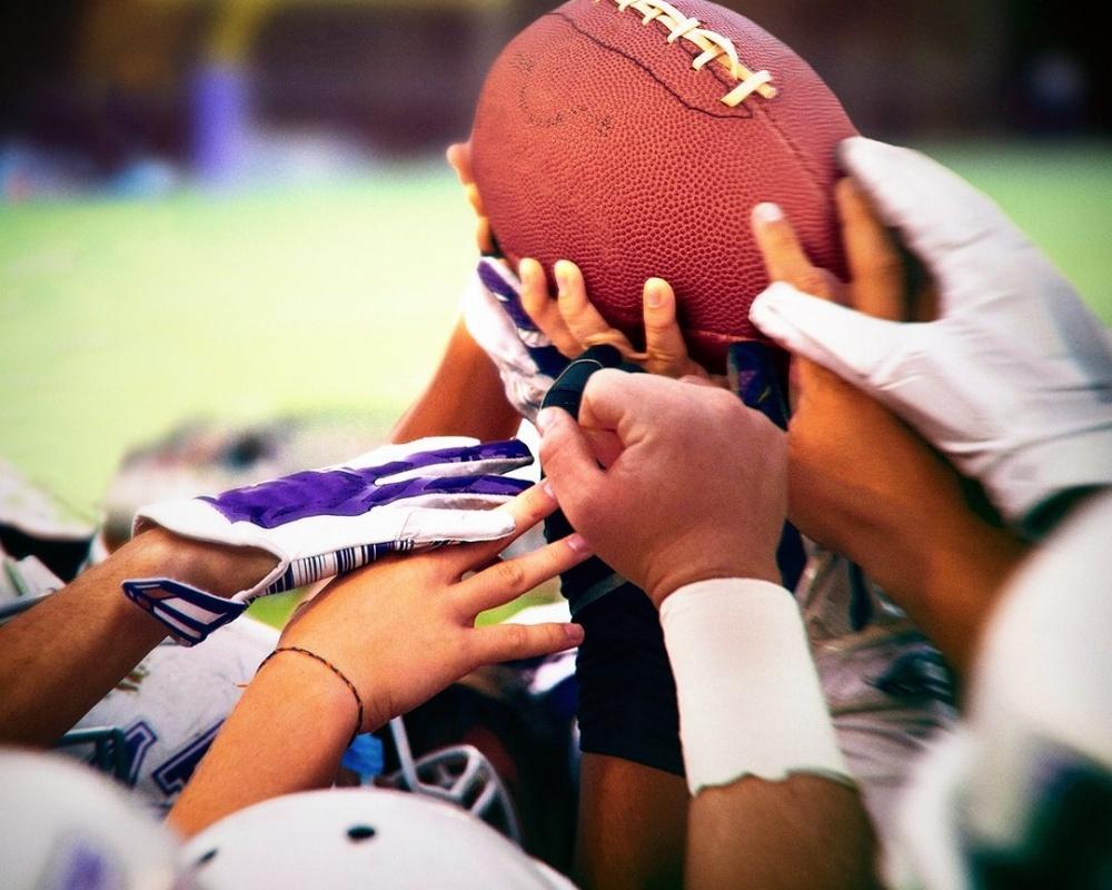 Football_Team-751486-edited.jpg